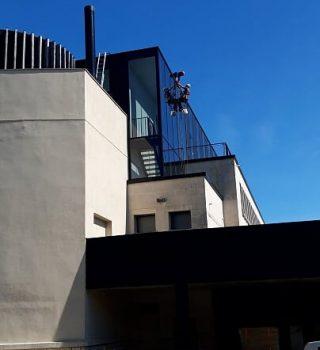 Film-anti-chaleur-très-haute-transparence-accès-difficile-cordiste-sunclear-THT-90-90X-Mémorial-Verdun-55-02